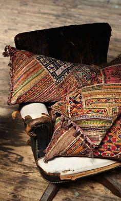 ALIA BILGRAMI Natural elegance  [Kelim Cushions - Plümo Ltd]