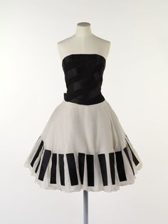 Karl Lagerfeld for Chanel dress ca. 1985 via The Victoria  Albert Museum