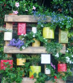 vertical garden: pallet + ceramic containers - Made in Italy - DONE