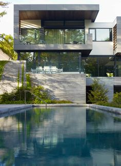 id nurelle.......................Sumptuous Toronto Residence with inspiring details was designed by Belzberg Architects