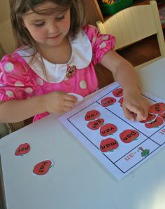 hand, famili appl, activities for kids, word families, phonic