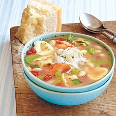 Vegetarian recipes: Tortellini and White Bean Soup