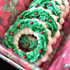 christmas wreaths, almonds, perfect spritz, spritz cookies, carnivals, decorated cookies, aunts, blog, cream