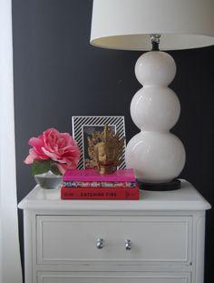 Erin Gates Elements of Style bedroom bedside table vignette; lamp!