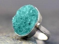 boho crystal ring. lOVe!