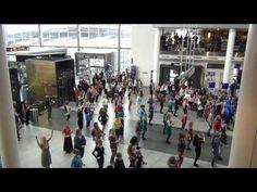 Flashmob Copenhagen Airport