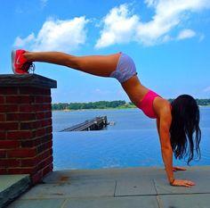 Flat Stomach Thin Thighs No Lies: Photo
