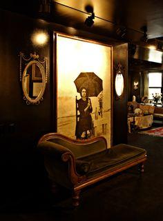 goth lounge