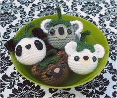 Free Crochet Pattern: Bearies | Gleeful Things