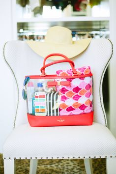 what's in my beach tote
