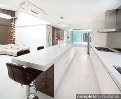http://www.completehome.com.au/wp-content/uploads/2013/09/2-open-plan-kitchen-design-wonderful-kitchens.jpg