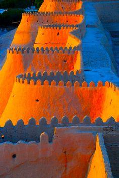 Capturing the light, Uzbekistan Wall