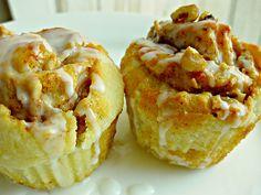 Apple Walnut Cinnamon Roll Cupcakes appl cinnamon, cupcakes, cinnamon rolls, mini appl, walnut cinnamon, apples, roll cupcak, walnuts, appl walnut