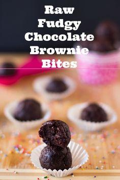 Raw Brownie Bites that are the vegan, sweet and taste just like brownies! #vegan #browniebites #glutenfree #healthy #chocolate