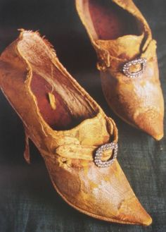18th century silk court shoes with buckle.