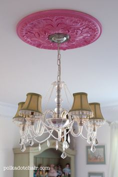 beautiful bedroom ideas for a girl - love that pink medallion!!