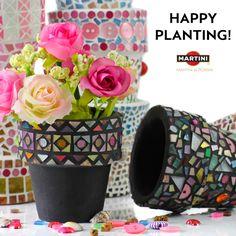 Make #DIY flower pots with colored jewels and paints!