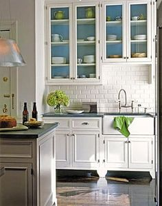 Brabourne Farm: Kitchen Cupboards