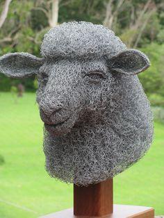 Artist Ivan Lovatt _ sculpture from chicken wire.