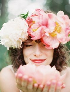 20 Floral Bridal Crowns & Flower Wreaths {Trendy Tuesday} | Confetti Daydreams - Large peony floral bridal crown ♥  ♥  ♥ LIKE US ON FB: www.facebook.com/confettidaydreams  ♥  ♥  ♥ #Wedding #FlowerCrowns #FlowerWreaths