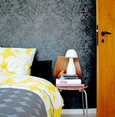 Yellow and gray. Beautiful wallpaper.