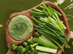Green Goddess Dip | Check out this and other healthy appetizer recipes! #health #food #recipes #yum #boomerangdining