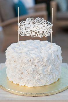 Napa Valley destination wedding - http://fabyoubliss.com/2014/07/28/vibrant-napa-valley-wine-country-destination-wedding lace cakes, cake textur, cake idea, simple cakes, wedding cakes, white cakes, cake toppers