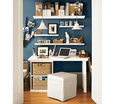 Bedford Small Desk Set