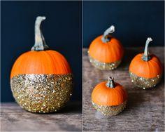 DIY glitter pumpkins halloween _ glitterinc.com #thanksgiving #halloween