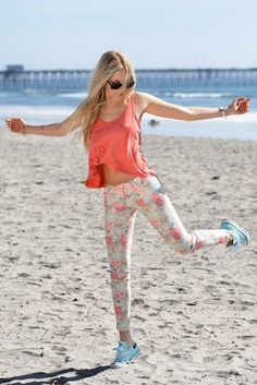 hipster fashion | Tumblr  Cute Outfit with floral jeans