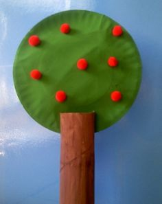preschooler crafts, preschool apple crafts, appl art, paper towel rolls, appl tree, apples, appl craft, preschool apple art, paper plates
