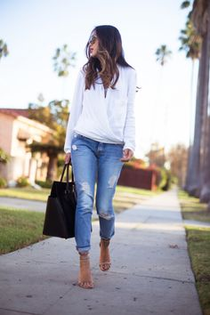 Song of Style / White Shirt and Blue Jeans //  #Fashion, #FashionBlog, #FashionBlogger, #Ootd, #OutfitOfTheDay, #Style
