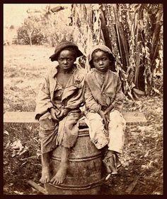 Slaves, ex-slaves, children of slaves in the American South, 1860 -1900 (19) by Okinawa Soba, via Flickr
