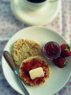 #Gluten-Free, #Nut-Free, #Vegan Crumpins (somewhere between the english muffin and the crumpet).