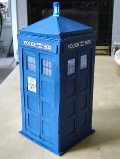 Picture of How to make a TARDIS model