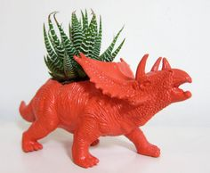 Top 7 DIY plastic animal projects- GENIUS!