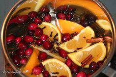 12 stove top simmer potpourri recipes - cheap ways to make your house smell amazing!! holiday ones smell so good!!