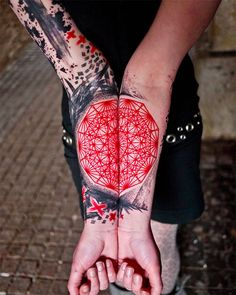 red 25 Trippy Geometric Tattoos (Photo Gallery)