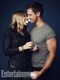 a little LoVe. Can we talk about how hot Jason Dohring is? I love Veronica Mars.