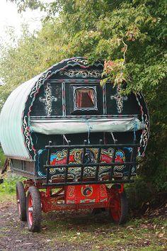 bowtop, Vardo, gypsy caravan....because everyone knows I'm a gypsy :D
