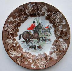Vintage Brown Transferware English Fox Hunt Scene Plate Dogs Horses Hunting Decor Decorative Hunting Plate