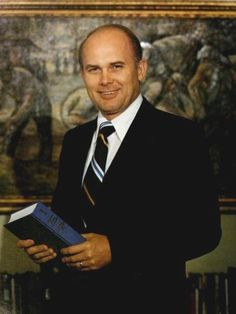 5 Fun Facts about Elder Dallin H. Oaks