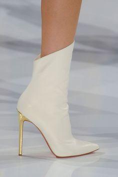 Christian Louboutin for Alexandre Vauthier Fall 2012 - des chaussures de super-héroines !
