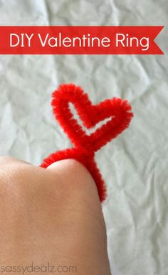 DIY Valentine Heart Rings Made From Pipe Cleaners - Sassy Dealz