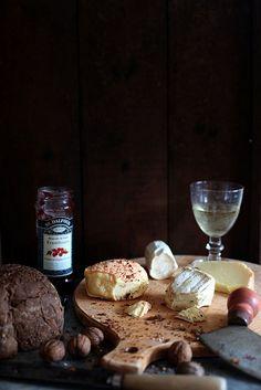 du Pain, du Vine, du Fromage ... by Berta..., via Flickr