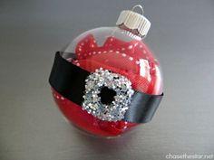 Santa Ornament   Community Post: 39 Ways To Decorate A Glass Ornament
