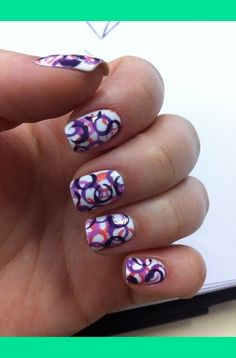 Straw Dotted Nails! I have to try this!