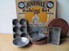 Vintage Child's Bake Set