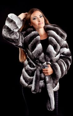 Pretty Chinchilla Fur Jacket