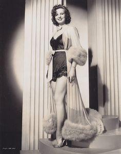 Yvonne Duval - c.1940